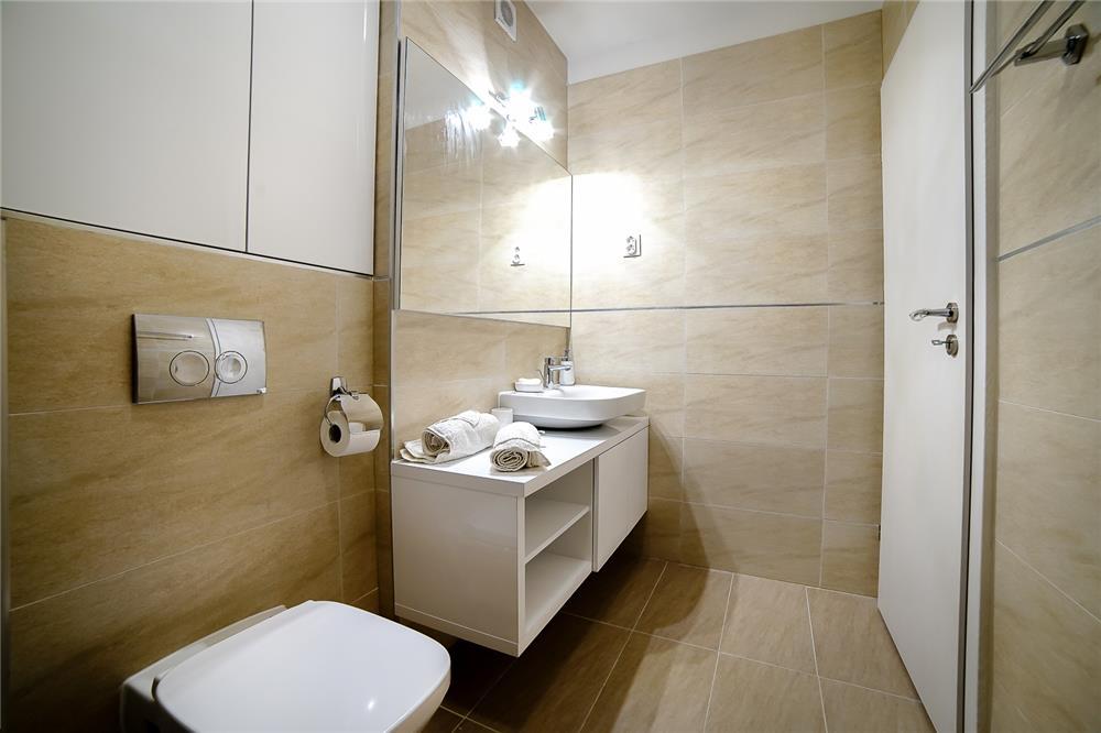 Regim Hotelier LuXury ( Cluj Napoca ) - imagine 3
