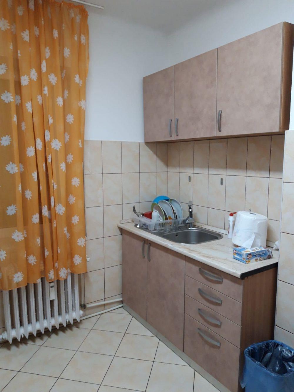 Apartament 2 camere et 1central decomandat REGIM HOTELIER  - imagine 6