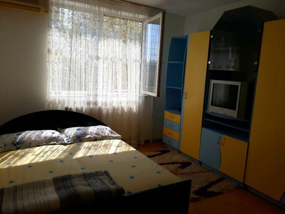 Apartament 1 cameră in cartier Nufarul lîngă Centrul Comercial Lotus Center MOLL Regim Hotelier  - imagine 1