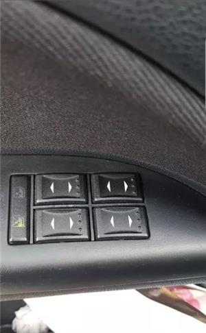 Ford Mondeo Mk3 1.8 benzina - imagine 6