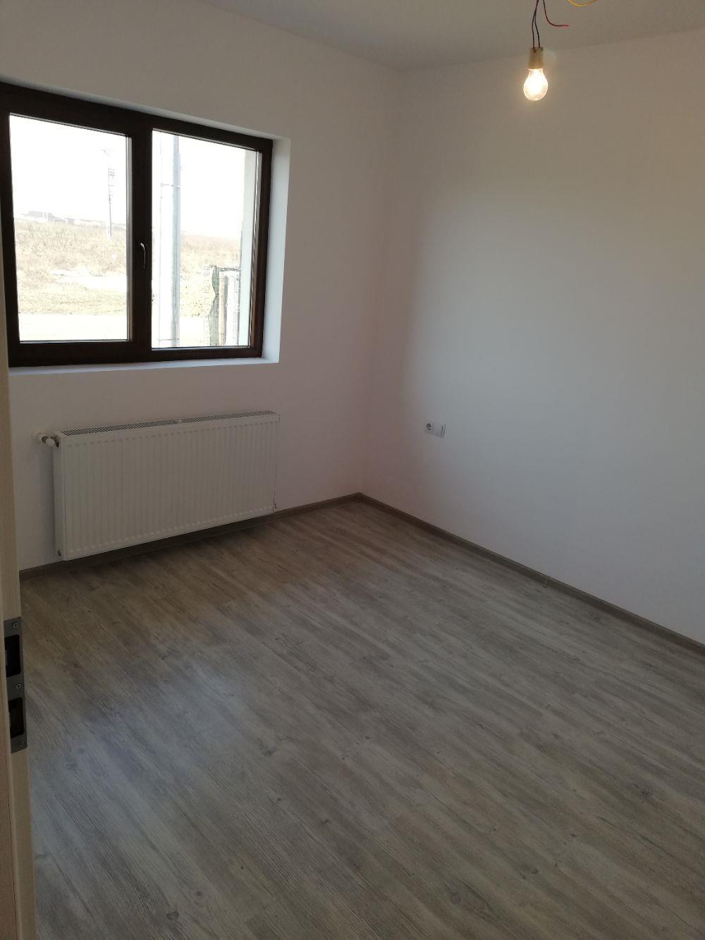 Proprietar Vind Duplex pe Parter cu utilitati  - imagine 4