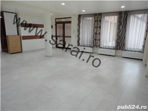 Zona B-dul.Republicii-Sp.com.=80mp,finisat la cheie,situat central,vad comercial,etaj 1 - imagine 4