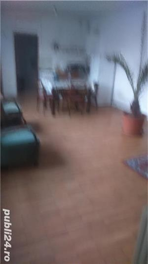 Inchiriez apartament la casa 2 camere  - imagine 1