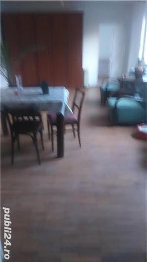 Inchiriez apartament la casa 2 camere  - imagine 2