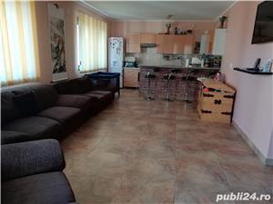 Vând vila tip duplex p+1+m/ eventual schimb cu apartament plus diferenta - zona Metro - imagine 4