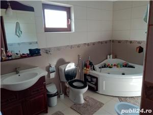 Vând vila tip duplex p+1+m/ eventual schimb cu apartament plus diferenta - zona Metro - imagine 8