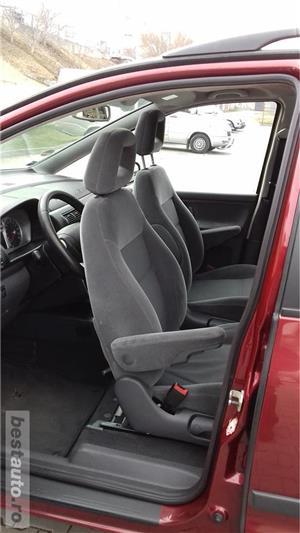 Ford Galaxy Ghia, 6 locuri, CLIMATRONIC, 4 geamuri electrice ... - imagine 10