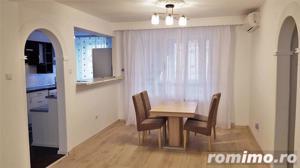 Apartament 3 camere lux, ultracentral, et.2 - imagine 3