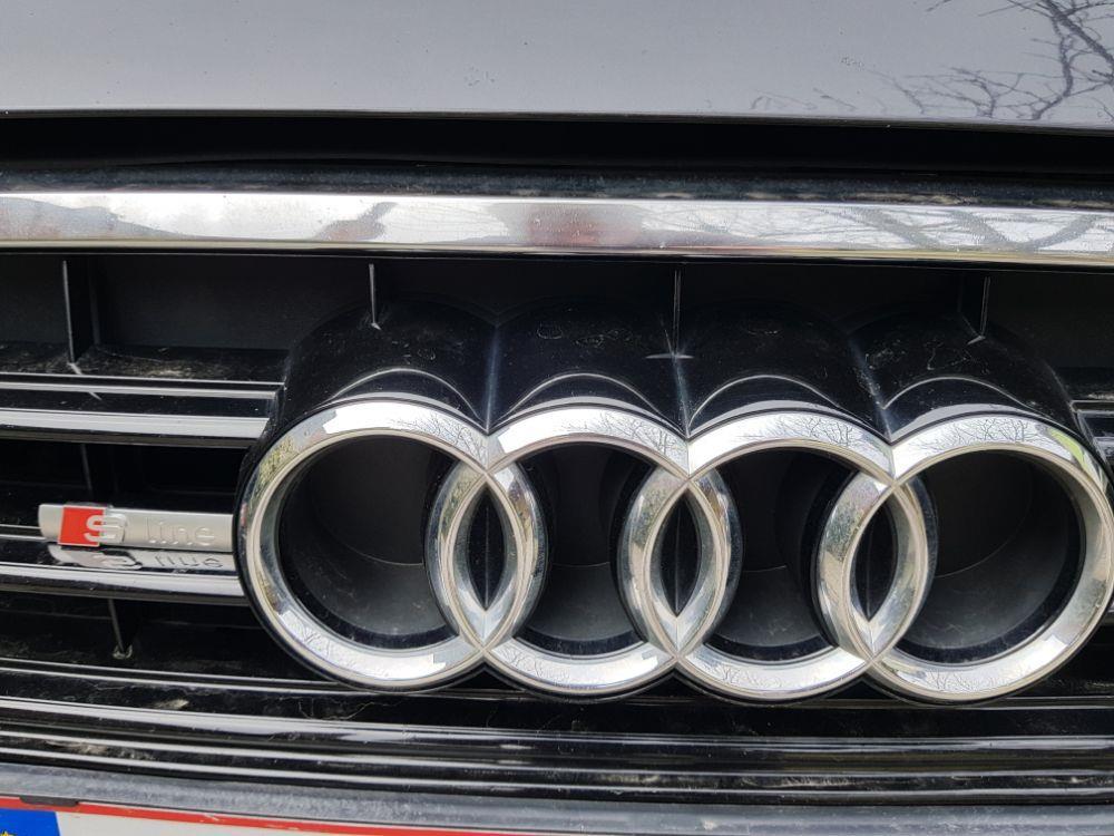 Audi  A6  S-Line 2000cm Diesel - imagine 12