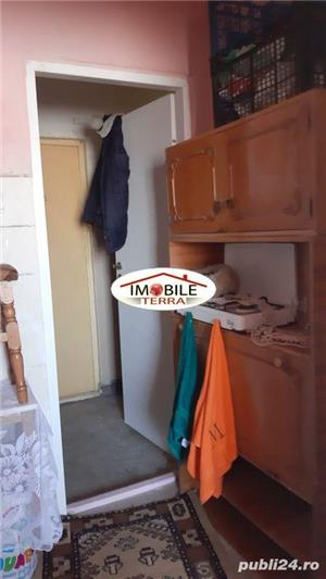 Garsoniera de vanzare pe Treboniu Laurean, zona Garii Sibiu - imagine 3