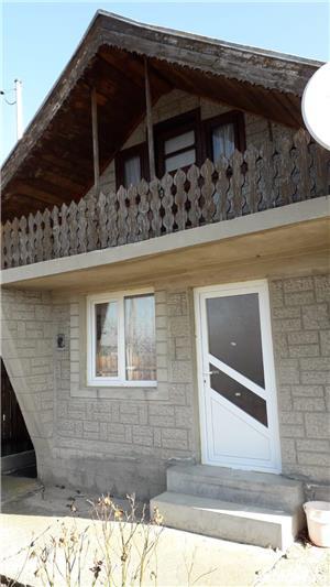 Casa de vânzare la țară în Clondiru de jos Com Ulmeni - imagine 1