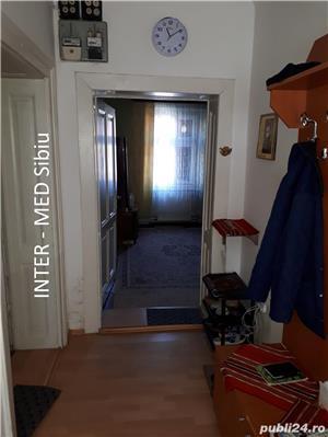 Apartament Sibiu 3 camere la casa P-ta Cluj cu garaj - imagine 3