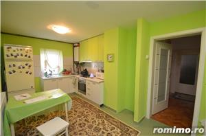 Apartament cu 4 camere decomandat - imagine 1