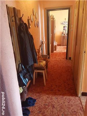 Vand Apartament cu 3 camere - Oravita, Zona-Garii - imagine 4