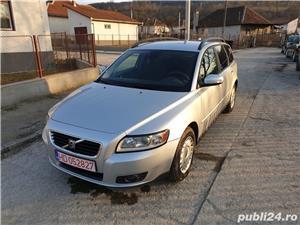 Volvo v50 - imagine 1