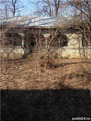 casa batraneasca cu teren - imagine 1
