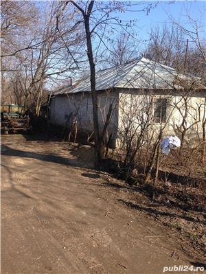casa batraneasca cu teren - imagine 2