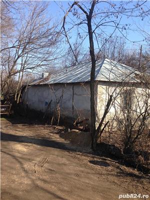 casa batraneasca cu teren - imagine 4
