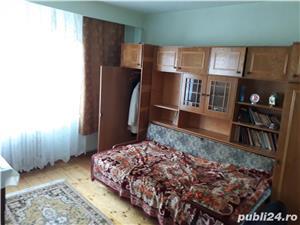 Vand apartament 3 camere decomandat zona favorabila  - imagine 8