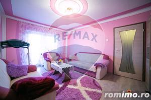 Apartament cu 3 camere de vânzare în zona Micalaca - imagine 1