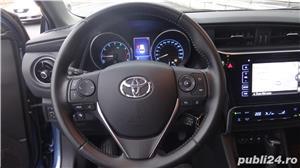 Toyota auris - imagine 10