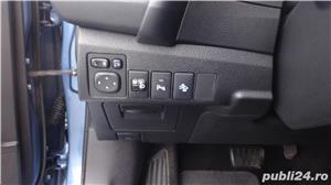 Toyota auris - imagine 13