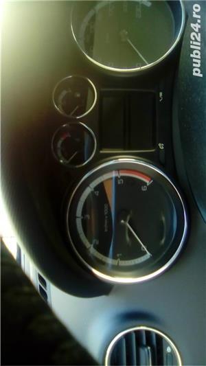 Peugeot 308 7 locuri - imagine 9