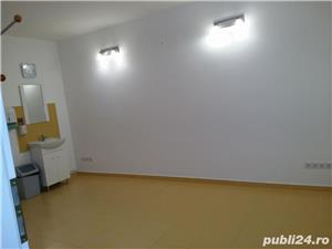 Ofer ( inchiriez ) spatiu pt cabinet, birou 16 mp in vila zona Tractorul - imagine 2