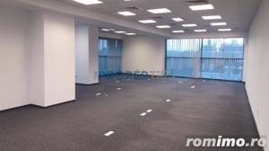 Cladire birouri in zona Cismigiu pentru investitie - imagine 2
