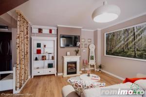 Apartament de vanzare cu 3 camere decomandate zona Strand - imagine 2