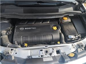 Opel zafira - imagine 9