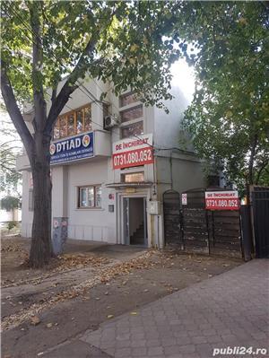 Capitol Bd.Mamaia intersectie cu Mircea - Parter de vila 135mp + curte - imagine 2
