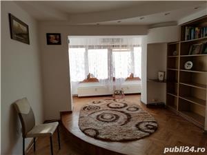Proprietar inchiriez apartament cu 2 camere-CENTRAL - mobilat si utilat complet - imagine 3