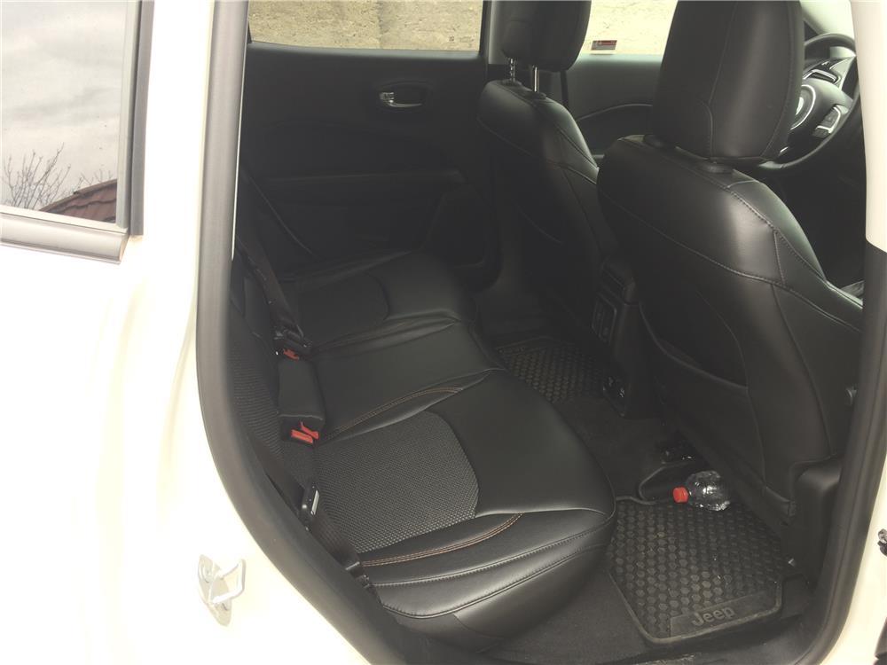 Jeep  - imagine 2