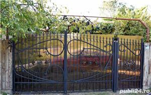 GOSPODĂRIE: 2 case + anexă cu fundație și 2 grădini - imagine 3