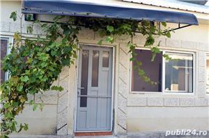 GOSPODĂRIE: 2 case + anexă cu fundație și 2 grădini - imagine 7