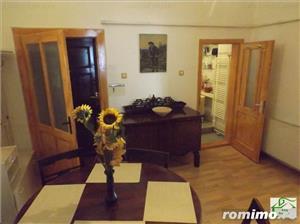 Apartament in zona Centrala LUX 350 EURO - imagine 4