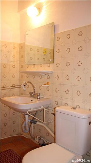 Apartament cu 3 camere si 2 bai in zona centrala - imagine 4