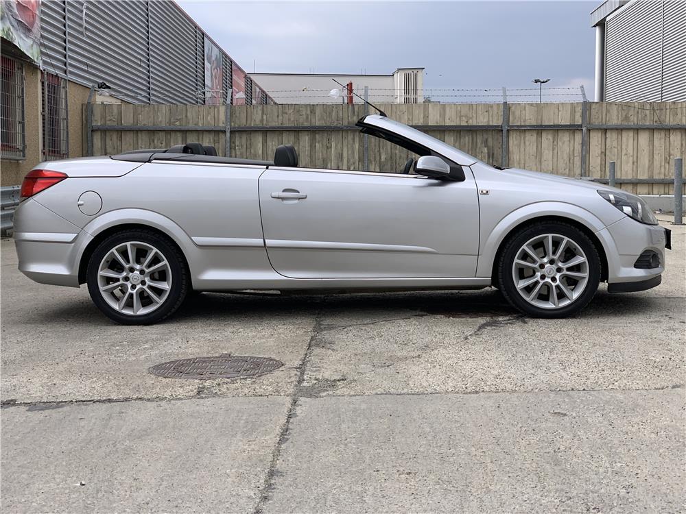 Opel Astra Twin Top 1.9 CDTI *PIELE *150CP *XENON *2008 - imagine 18