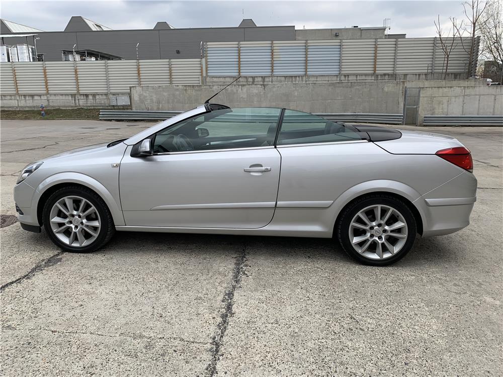 Opel Astra Twin Top 1.9 CDTI *PIELE *150CP *XENON *2008 - imagine 19