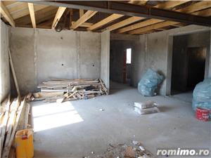 Casa in gri la Santandrei intrare stinga - imagine 6