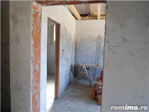 Casa in gri la Santandrei intrare stinga - imagine 13