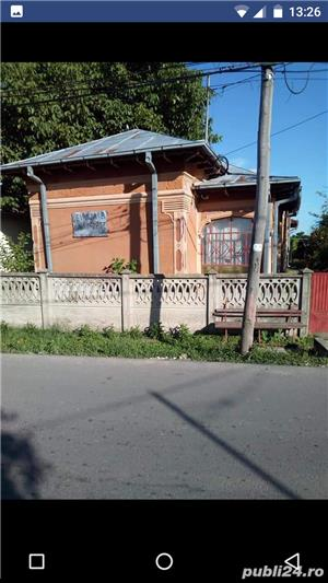Casa + curte 1400 mp central  - imagine 1