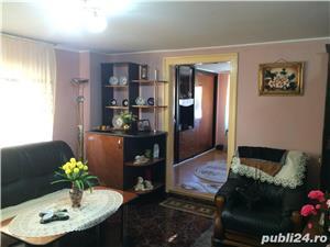 Casa str. Alba Iulia 100 mp. 3 camere 2 bai garaj - imagine 2