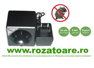 Dispozitiv Profesional Anti soareci si sobolani Ultrasonic 300 - imagine 1