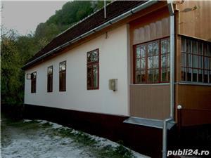 Casa de vacanta la munte - imagine 1