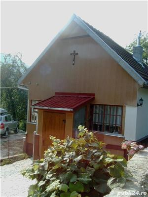 Casa de vacanta la munte - imagine 3
