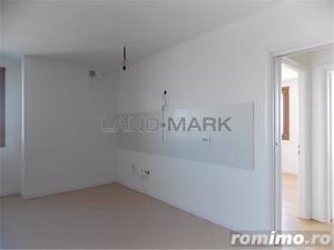 Apartament trei camere, central, bloc nou - imagine 1