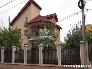 Vila 11 camere, ideal locuit sau afacere, acces metrou Pacii - imagine 1