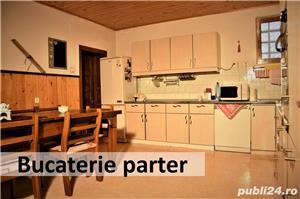 De vânzare casa cu 3 niveluri, mult spațiu de locuit și spațiu ideal pentru afacere, garaj în curte - imagine 6
